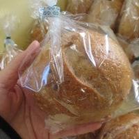 本日はパンの日でした