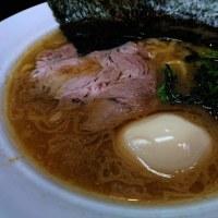 横浜家系ラーメン のぶ家さん ラーメン大盛り味玉トッピング