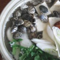 今日のホッピー  具たくさんの湯豆腐