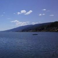 諏訪湖畔をお散歩