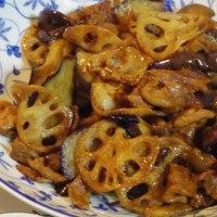 レンコンとナスとシメジと豚肉の炒め物
