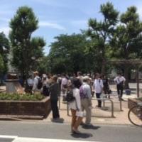 トキワ荘通りに観光バスがやってきた!