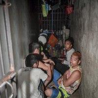 フィリピンで、警察署の「隠し監房」に12人拘束!