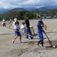 市内小学校陸上記録会が行われました。