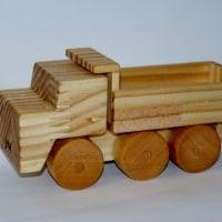 木のおもちゃ ダンプカー(2)