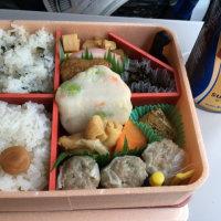 列車の心地よい揺れに反比例する食い物の恨み
