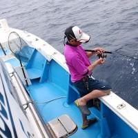沖縄県乗り合い遊漁船真生丸のジギング