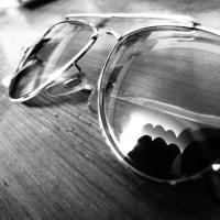 度つきサングラス