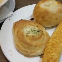 パン無料の日!