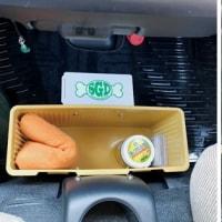●Dテントむし 運転席にゴミ箱