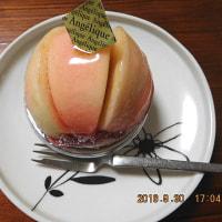 16/10/1 アンジェリックの「桃のタルト」ケーキ