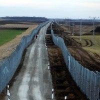 ハンガリー  国境フェンス強化で難民・移民排除に進むオルバン首相 「民族の同質性」重視