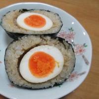 卵むすびとイカのゴロ焼き