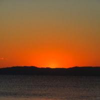 初春 逗子の夕陽と夕富士とオードリー