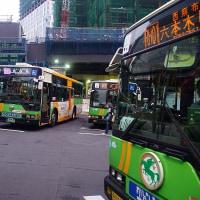 都バス ついにフルカラーLEDを駆使し始める。路線で色分けか?