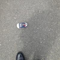 久々に幼児の靴 片方を発見