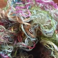 絡んだ刺繍糸の巻