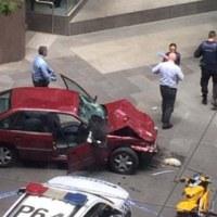 メルボルンで車暴走。日本人1人を含む5人死亡。