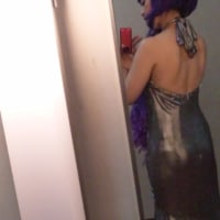 衣装の背中が全開だった件