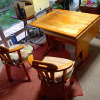 バタフライテーブル椅子2脚+長椅子1脚 差し上げます 8/27(土)に引取りに来られる方限定