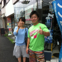 初の湘南を素早く、効率良く「江ノ島レンタサイクル」で観光するカップルが登場!