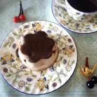 永遠のおやつの定番プッチンプリンの期間限定「冬の苺ショコラ」を食べる