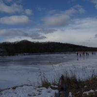 今年も天然氷のリンクが