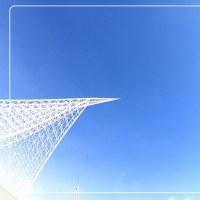 透き通る青空