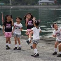 「離島の元気な子供たちの写真をお送りします」