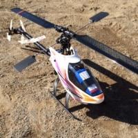 電動ヘリを3機飛ばしました