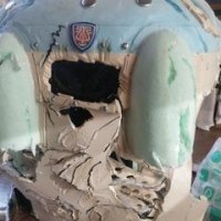 ロボット兵  ボロボロにします。