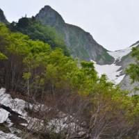 雨飾山登山