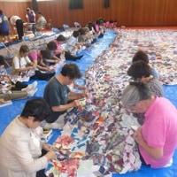 西脇北高校創立50周年記念事業として播州織キルト緞帳作り