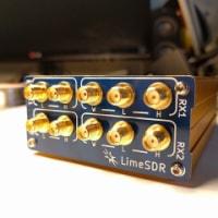 LimeSDRのケース
