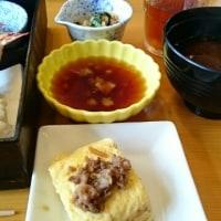 今日は相可高校へ行ってきました♪・・・・まごの店での食事と、ロールケーキ♪  &  ちりめんじゃこと山椒の佃煮~♪