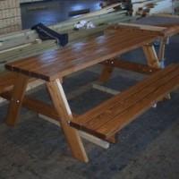 ガーデンテーブル・ベンチ一体型(ウレタン塗装)