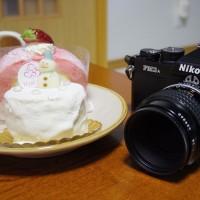 ハスネテラスのケーキをフィルムカメラで