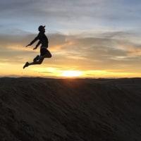 砂丘でジャンプ!