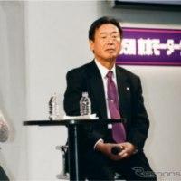 小池百合子さんと田崎さんと吉田さん