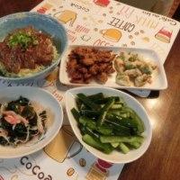 焼肉丼&ゴボウと枝豆天&酢の物&収穫キュウリの浅漬け