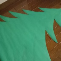 育児:  壁面クリスマスツリー