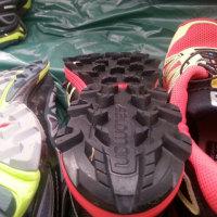 トレイルランニングシューズ 靴底トレッド