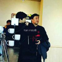 クォン・サンウとチョン・ジュナが済州島のスターバックスにいたって~ヾ(≧▽≦)ノ