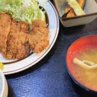 肉肉 ジャンボチキンカツ定食 まんぷく食堂 大久保