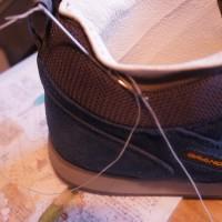 靴のかかとの内張りは 破れるのがあたりまえ