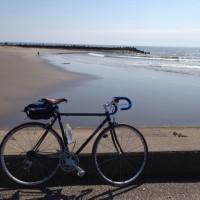 自転車で海沿いを走りたい!