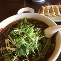 桃源花の黒胡麻坦々麺