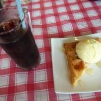 ワッフル&アイスクリーム