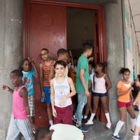 キューバの街と子供たち