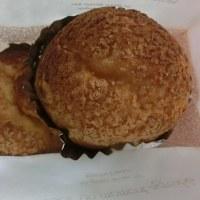 ボクシングから帰宅 @ 夕食の代わりに、、、濃厚な珈琲とスイーツ(「クッキーシュークリーム」)